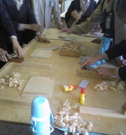 桐の箱作り