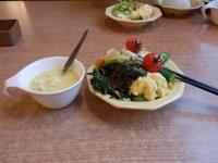 12/6 昼食 サラダとコーンスープ  ビッグボーイ