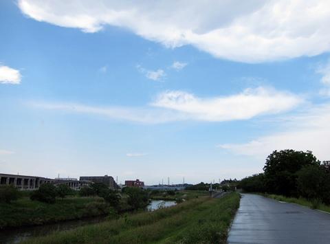 雷雨の後の鶴見川CR