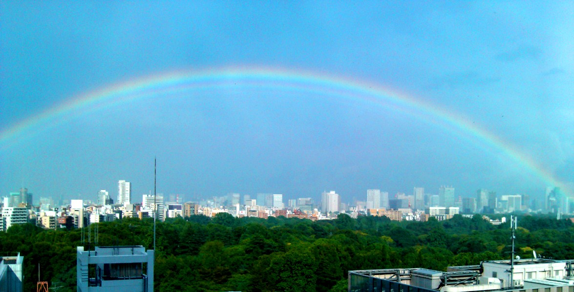 rainbow over shinjuku 20120528