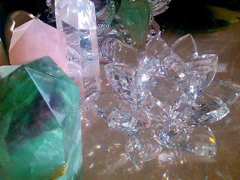 lotusraycrystal20121212-3sml.jpg