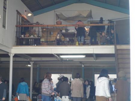 ツバメ倉庫2