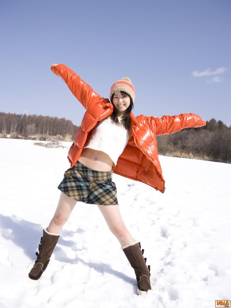 雪上 ミニスカ 小池里奈