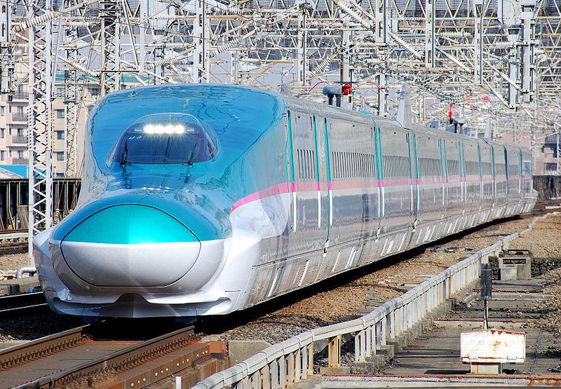 800px-JRE-TEC-E5_omiya.jpg