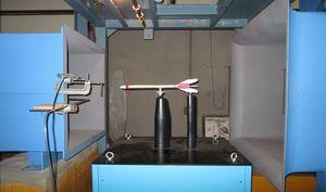 航空宇宙P11-ねこ-風洞実験装置