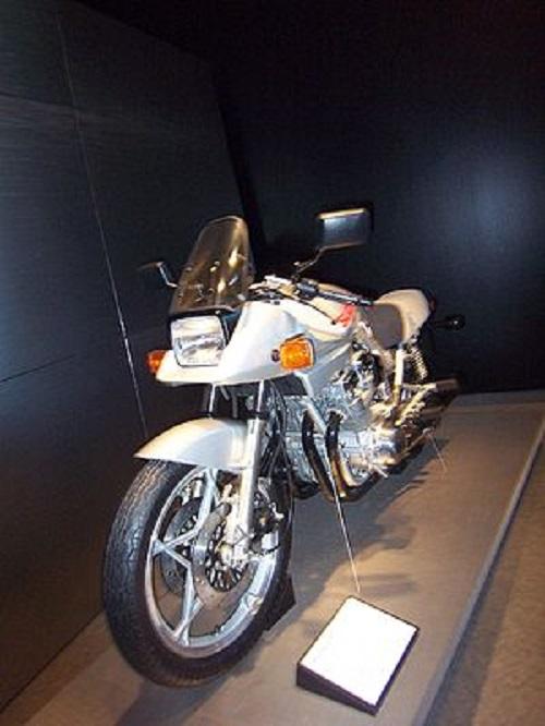 300px-Suzuki_Katana_1100.jpg
