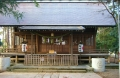神明社の本殿