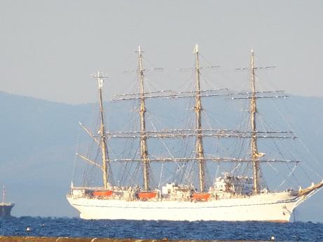 外海の日本丸1