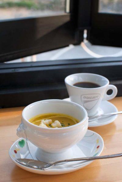 ライダーズ オープンカフェ パンプキンスープ