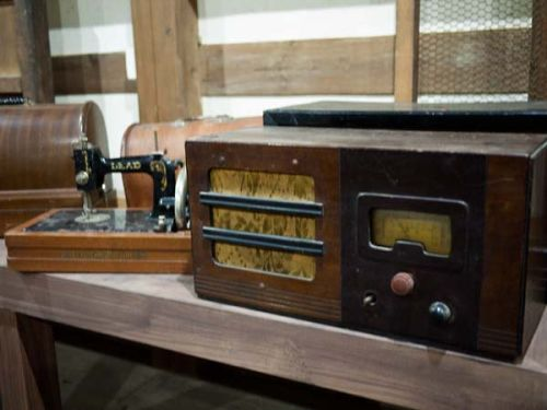 鳳来館のギャラリー ラジオ