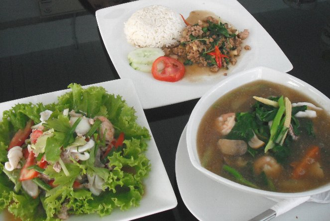 thai-lunch.jpg
