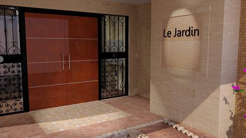 ジャルダン玄関