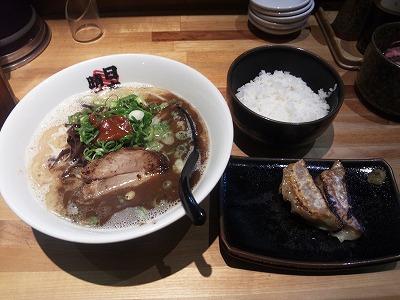 日本晴れ_三河式黒豚骨_03