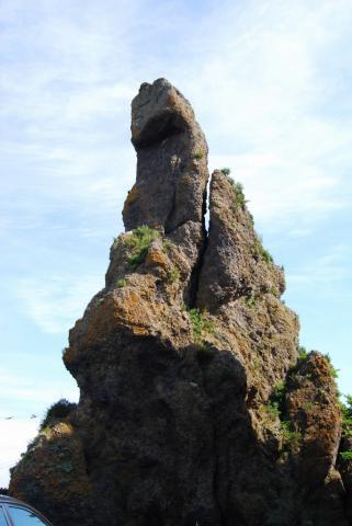 ゴジラ岩2