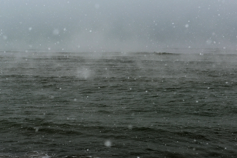 雪の日本海-1