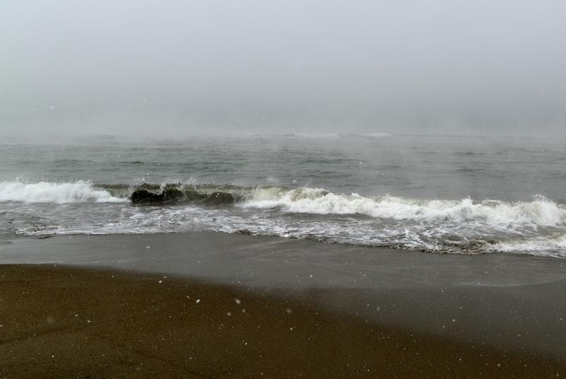 雪の日本海-2