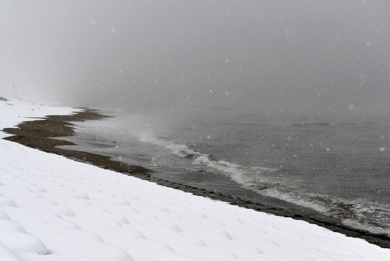雪の日本海-3
