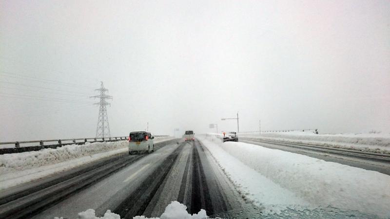 雪の通勤路-1