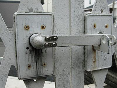 門扉の修理