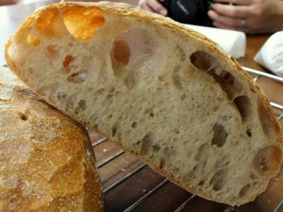 12.05.15出張パン教室17_ビール種パン断面