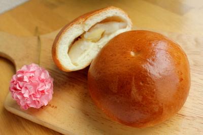 12.08.15岡山白桃あんパン