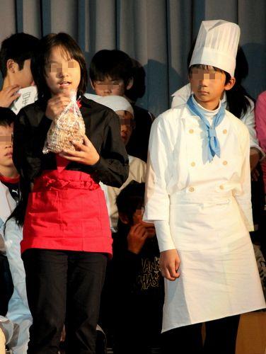 12.11.11長女発表会で