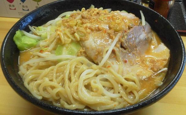 野菜豚そば味噌650円