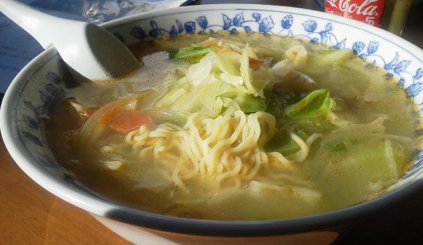五目タン麺650円