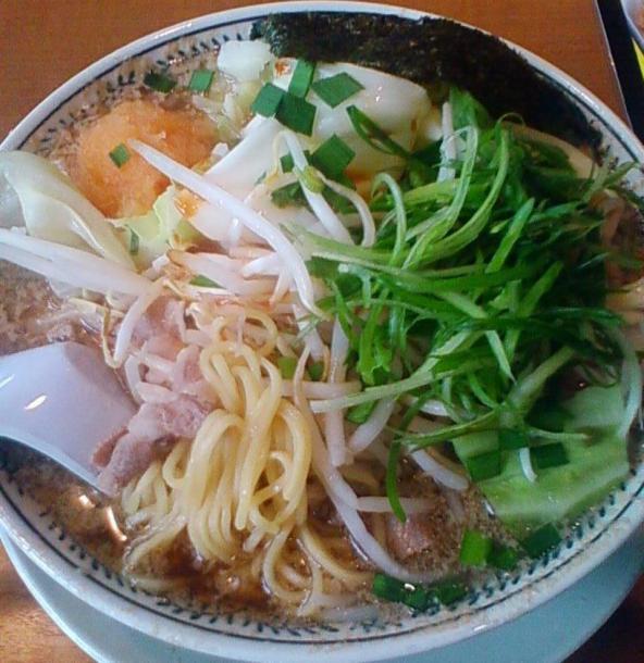 野菜肉そば819円