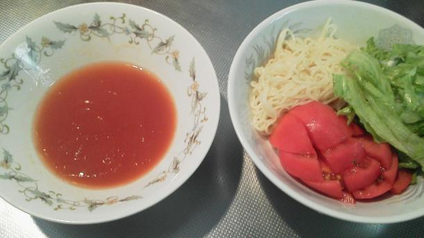 夏の旨辛トマトつけ麺完成の図