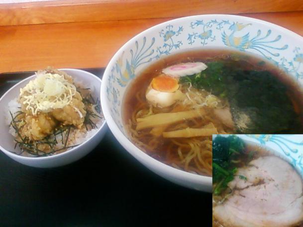 しょうゆラーメン190円+ミニから揚げ丼150円