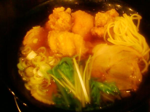 チャーシュー醤油麺950円+鶏もも唐揚げハーフ380円
