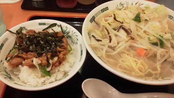 野菜たっぷりタンメン+焼鳥丼セット700円