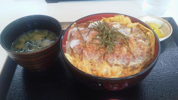 カツ丼360円2