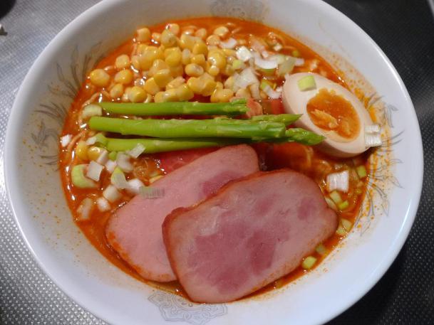 トマト麺1380円