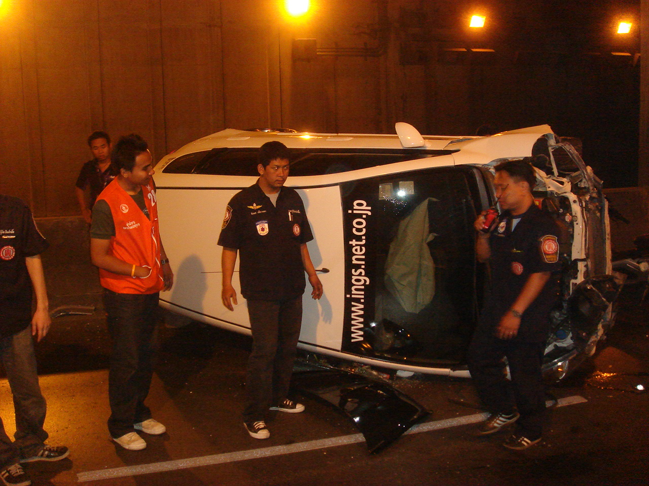 街中の事故現場で活躍するのはボランティア隊員