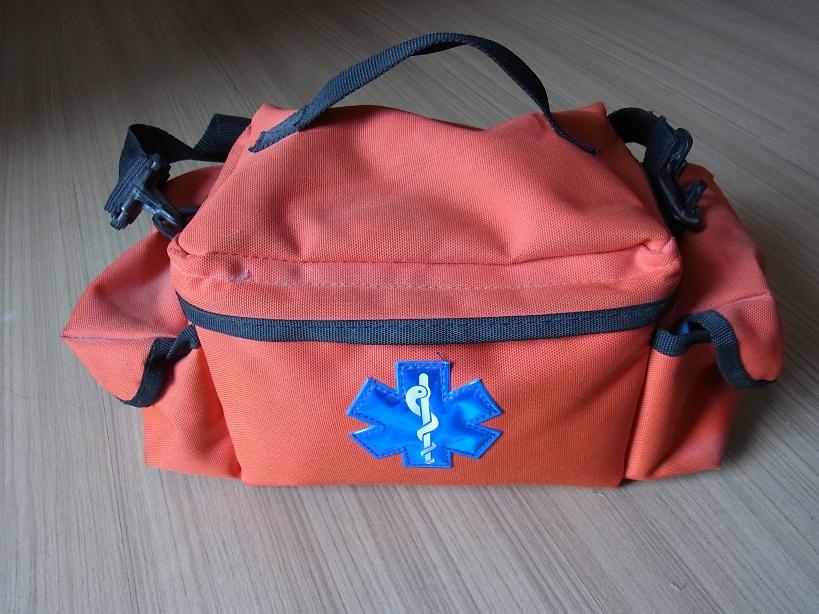 アメリカ製の救急バッグ