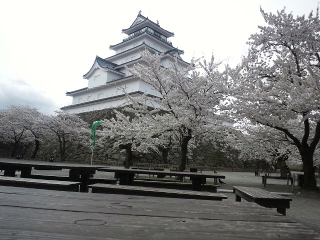 12-04-26-1お城