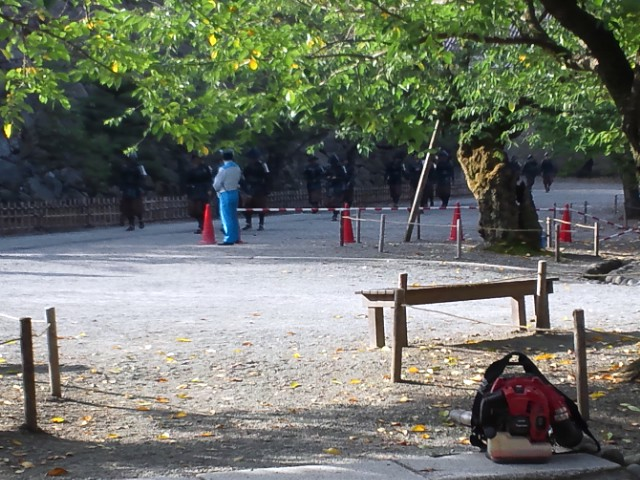 12-09-10-NHK4