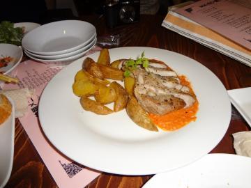 キタアカリのフライドポテト&ガリシア栗豚のロースト