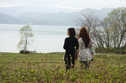 15ここからの田沢湖もステキね。次は誰と来ようかなバキューン!