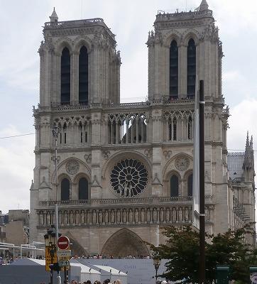 大聖堂全景