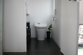 トイレ open