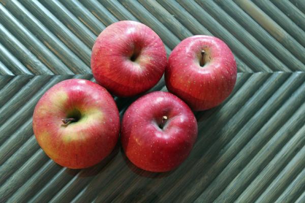 06りんご のコピー