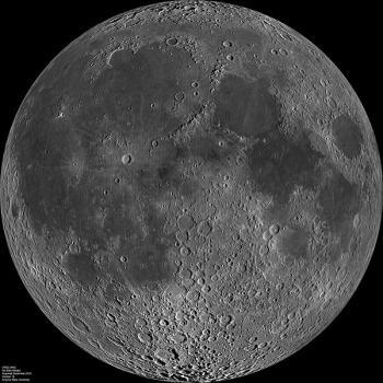 600px-Moon_nearside_LRO.jpg