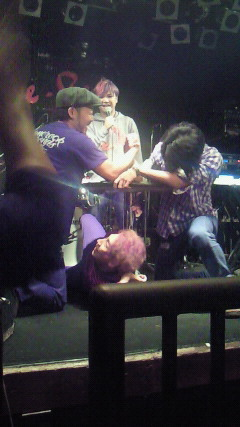 20121111腕相撲2