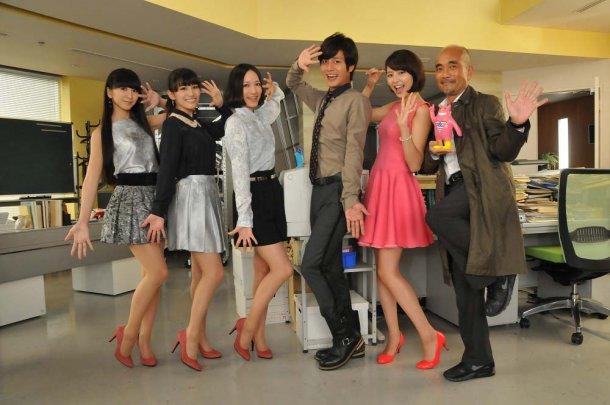news_large_perfume_toshidensetsu.jpg