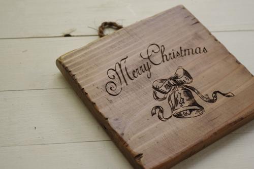 アンティーク風な木製クリスマスプレート