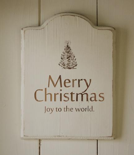 シャビーに仕上げたホワイトクリスマスプレート