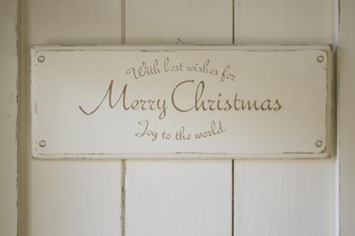 シャビーに仕上げたシンプルなクリスマスプレート
